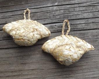 Vintage Woven Straw Doll handbag / Doll Making / purse / repurposed / Doll Supply / Craft supplies / altered art / DIY / fashion doll size