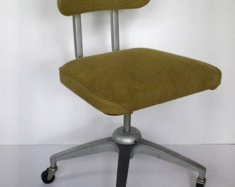 Mid Century Metal Office Desk Chair Swivel Wheels Vintage Cosco