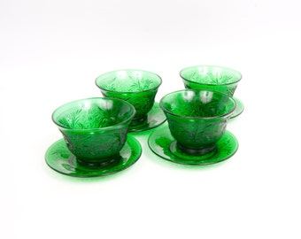 Vintage Anchor Hocking Forest Green Glass Custard Cups with Saucers Set of 4 Sandwich Pattern Sherbet Dessert Bowls Oatmeal Glass