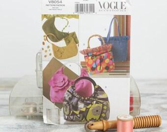 Assorted Handbag Styles, Hobo, Shoulder Clutch Purse, Bucket Bag, Vogue 8054, Sewing Pattern
