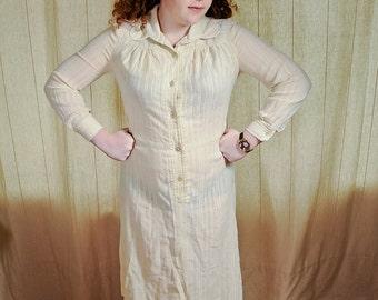Vintage 70's Cream CheeseCloth nButton down Midi Day Dress