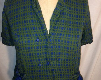 Vintage 70s Geomteric Green and Blue Plaid Top and Skirt t1