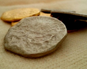 6 Hammered metal button set - 30mm and 25mm, shank style, gold or silver tone