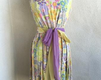 Vintage Mid century perky yellow floral dress pleats sash by Sacony sz S/M