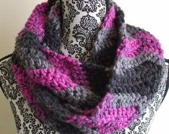 Crochet Infinity Scarf in Pink, Gray & Black - Crochet Chevron Loop