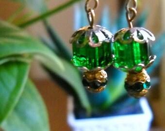 Vintage Green Earrings, Green Glass Earrings, Gold  Rhinestone Lamp Bead Earrings, Kelly Green Pierced Earrings