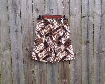 M Medium Vintage 80s Express Label Tiki Batik Print High Waisted Brown Cream Black Pleated Shorts