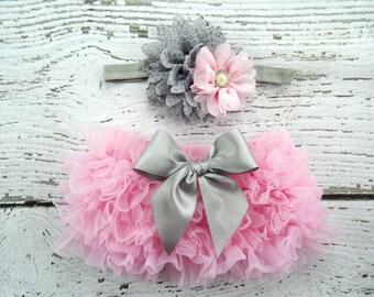 Newborn Pink Ruffle Bloomers and Headband Set / Chiffon Ruffle Baby Bloomer / Pink Grey Diaper Cover / Newborn Photo Prop / Newborn Headband
