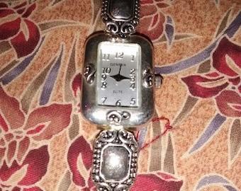 Geneva Elite Southwestern Vintage Watch