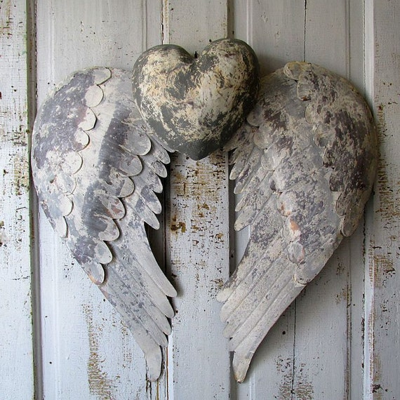 rusty angel wings w heart wall hanging french by anitasperodesign. Black Bedroom Furniture Sets. Home Design Ideas
