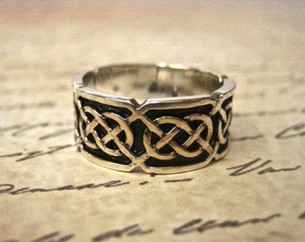 Vintage 925 Sterling Silver Celtic Wedding Band
