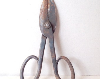 Big rusty metal scissors Large shears Rustic Farming Shears, Industrial Scissors, Metal Tools, Farmhouse Decor