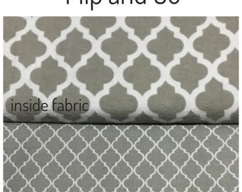 flip and go travel diaper changing pad/baby changing pad/travel diaper clutch with pockets - gray and white moroccan