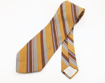 1970s WIDE SEARS Tie Mens Vintage 70s Disco Era Brown 100% Polyester Texturized Necktie from The Men's Store at SEARS