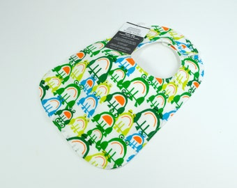 Organic bib, Organic baby bib, Frogs, Amphibians, Animal, Nature, Gender Neutral, 100% Organic, cotton and bamboo fleece, 3 mths to 2 yrs+