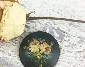 Beautiful Wooden Floral Vintage Brooch