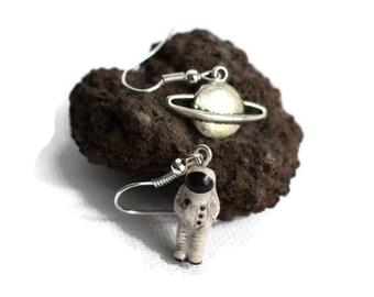 Astronaut Earrings, Spaceman Earrings, Planet Earrings, Space Gifts, Sci Fi Gifts, Spaceman Earrings, Novelty Earrings, Mismatched Earrings
