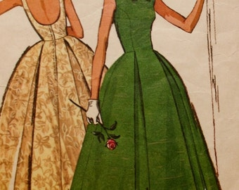 1960s Evening Gown Vintage Sewing Pattern McCalls 7076 Bust 31