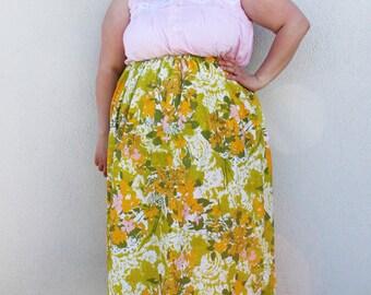 Plus Size - Modern Vintage Yellow & Green Floral Print Swing Skirt (Size 1X-3X)