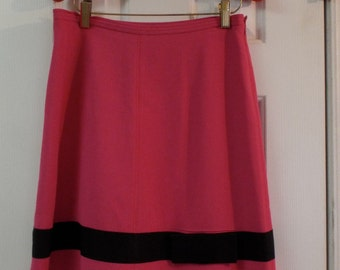 Women's Retro Vintage Hot Pink Size 4 Skirt With Black Bow