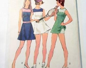 "1970s Tennis Mini dress Sleeveless sundress shorts sewing pattern Simplicity 5059 Size 16 Bust 38"""