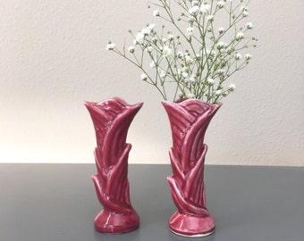 vintage pair Shawnee bud vases  USA 1135 maroon art nouveau