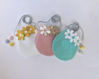 Daisy child purse