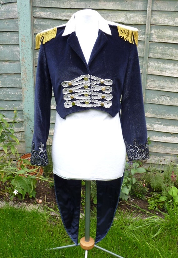 how to make a ringmaster jacket