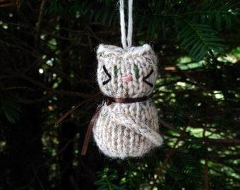 Small Stuffed Calico Kitten Ornament, Handmade Knit, Hanging Decoration, Christmas Tree Trim, Rustic Decor, All Year Decoration