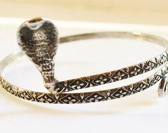 cobra bracelet vintage