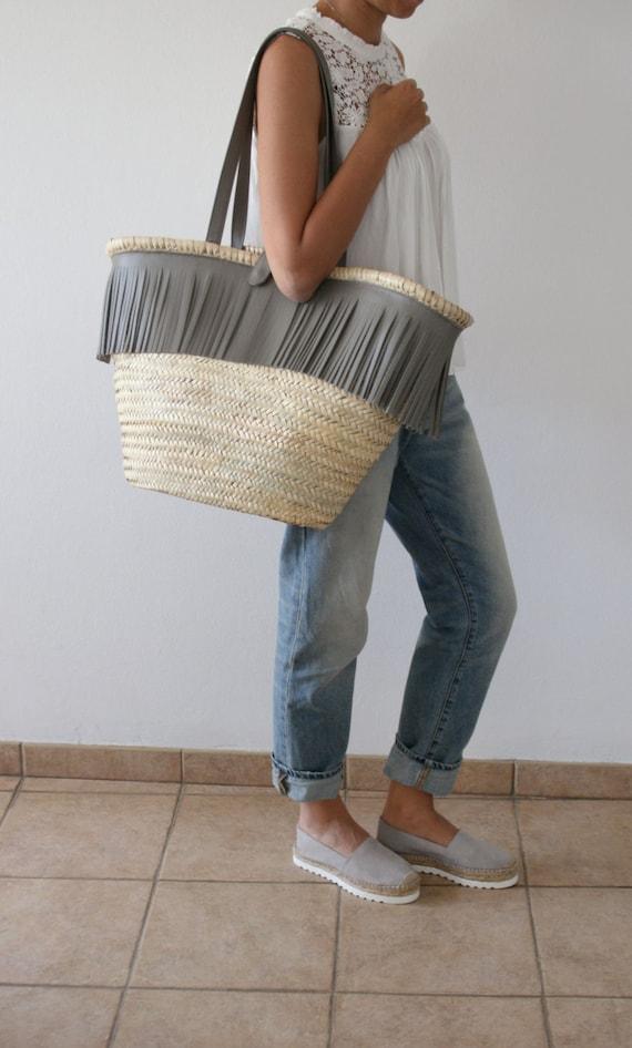 sac en cuir paille frange sac en paille cabas paille sacs. Black Bedroom Furniture Sets. Home Design Ideas