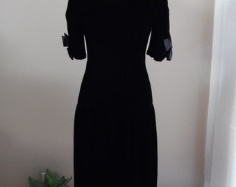 Vintage 1980s Union Made Black Velvet Dropped Waist Dress with Satin Bows by Patty O'Neil