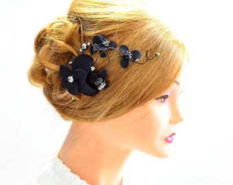 Floral headpiece Bridal hair clip Black headpiece Wedding fascinator Wedding hair accessories Hair pin