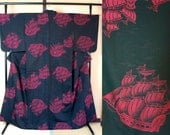 Black silk kimono with da...