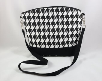 Black and White Classic Houndstooth Cotton Print arm / cross body Purse.