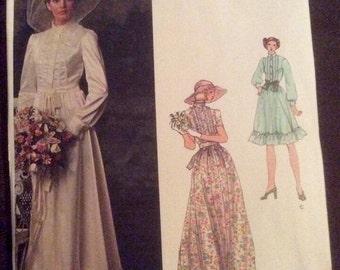 Vogue's Bridal Design Pattern 1071 Size 12 UNCUT Misses Bridal Dress