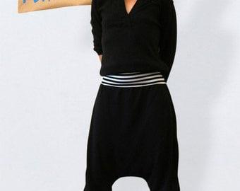 Black jersey harem pants  cozy, black sarouel pants, black bloomers, yoga pants, black  baggy pants, loose botto. casual bottom, black pants