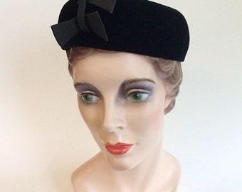40s Mr. John Velvet Pill Box Hat / 1940s Vintage Black Hat With 3D Bow Embellishment