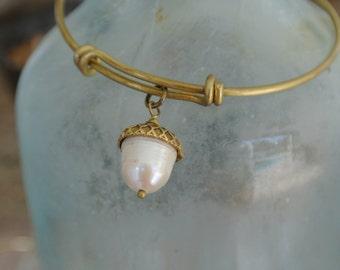 Acorn charm // fall bracelet // acorn bracelet // pearl bracelet // gold adjustable bangle // bridesmaid gift