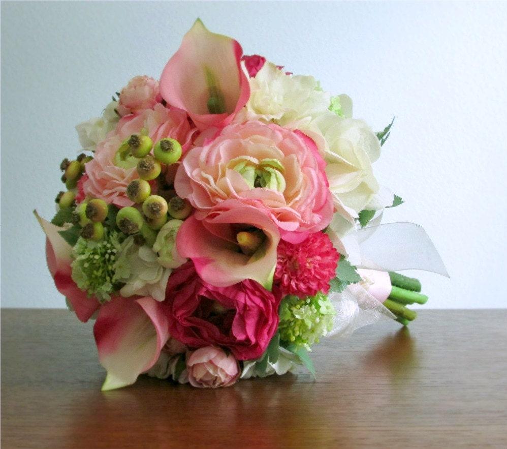 calla lilien hahnenfu rosen hortensie rosa gr n von. Black Bedroom Furniture Sets. Home Design Ideas