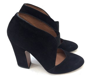 ALAIA black suede pumps shoes