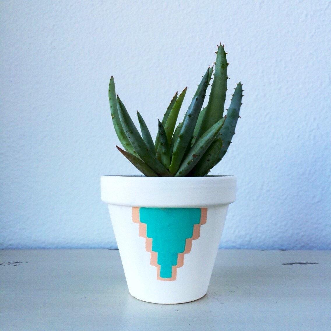 Pot A Cactus : 4 terra cotta cactus pot hand painted aquamarine ~ Premium-room.com Idées de Décoration