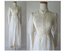 Hippie Wedding Dress Boho 70s Lace Bridal Gown Bow Back Long Sleeves Modest High Neck 1970s Prairie Maxi Lorrie Deb Small 60s 1960s Indie