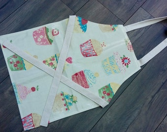 Wipe clean Cupcakes Oilcloth Apron // Wipe Clean Girl's Apron // Toddler laminated apron // wipeable smock