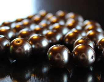 35 round glass pearl beads, 12 mm, hole 1 mm, coffee