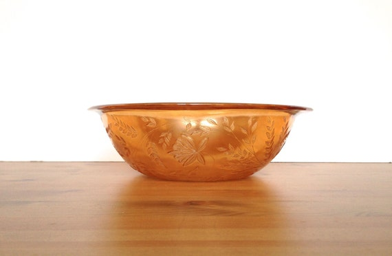 Vintage iridescent bowl marigold carnival glass wheat pattern