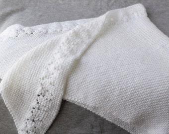 Hand made white shawl with lace, Baby yarn shawl, White big triangular scarf, White stole, Lace shawl, Symetrical shawl, Summer shawl, #T052