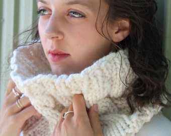 "Cabled Cowl, Cream ""The Emma"""