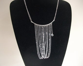Chain cascade necklace
