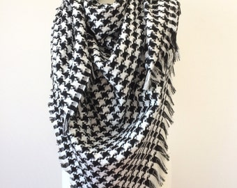 Houndstooth Blanket Scarf, Cotton Wrap Shawl, Oversize Men Scarf, Square Tassel Scarf, Checkered Wrap Scarf, Black White Scarf, Women Shawl